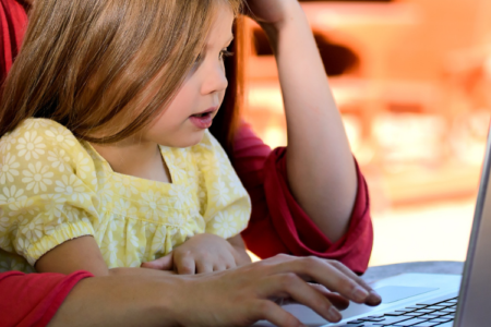 The benefits of allowing your kids to play online games